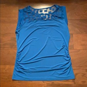 Blue top size M